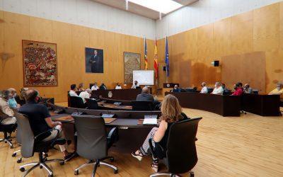 Los promotores del plan 'Ensanche Levante de Benidorm' exponen ante el Consejo de Escena Urbana su proyecto definitivo